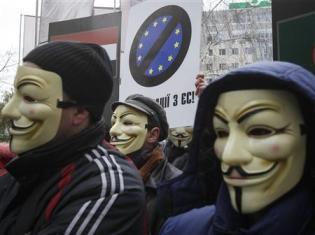 2013-11-28T112501Z_1_CBRE9AR0VY100_RTROPTP_2_UKRAINE-EU-YANUKOVICH