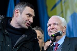 John McCain, Vitali Klitschko