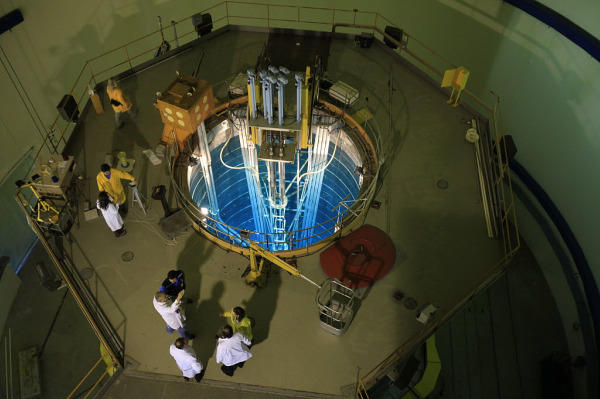 0412-controlling-nuclear-weapons-material.jpg_full_600