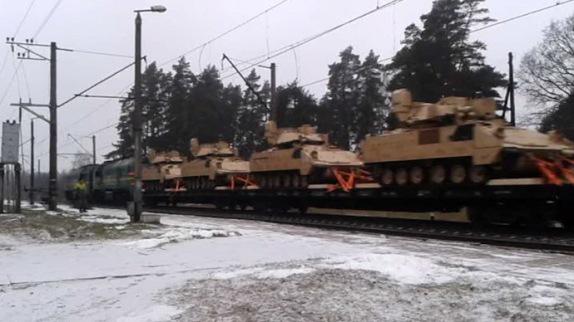 latvia-us-armored-vehicles.si