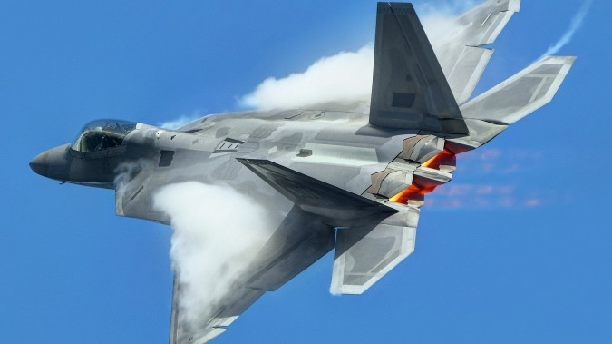 f-22-rear-qtr-vapor-burner